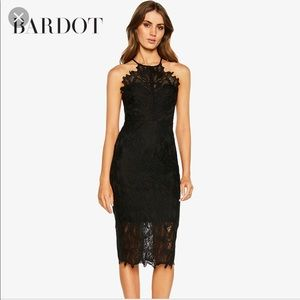 Nwt Bardot Embroidered Lace Dress sz 8 A2